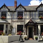 Castle View Bar & Restaurant