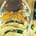 Two tacos special with carnitas.