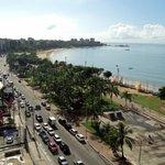 Vista da praia da cobertura pública