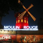 vicinissimo al moulin rouge