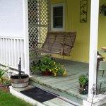 Mollie's Suite - private back porch