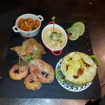 Gambas fambees au ricard et st jacques aromatisees au curcumin