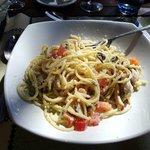 Piatto spaghetti al pesce spada affumicato
