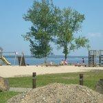jeux enfants, bord du lac