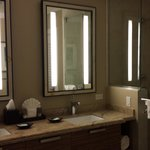 Fog free mirrors in unit 607