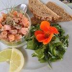 Mousse potagère et tartare de truite saumonée