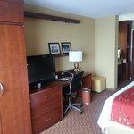 King room looking back towatds door
