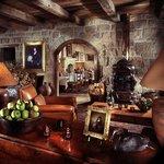 Stonehouse Lounge