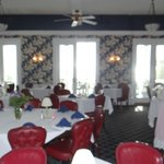 this is the dining and breakfast room