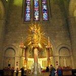 Sainte Anna statue.