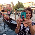Taking selfies all over Europe with new fav Pylones iphone case!
