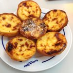 The famous pasteis
