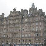 A GRAND HOTEL IN THE HEART OF EDINBURGH