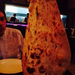 Must try the garlic naan :)
