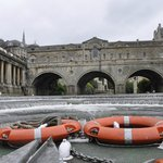 Pulteney Bridge, Bath: Coming into the Weir at end of trip.