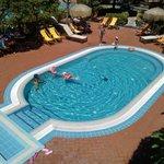 Una delle due piscine non termali dedicate ai piccoli.