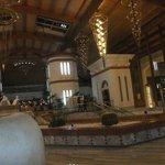 lobby to piano bar