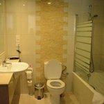 Bathroom(room 402)