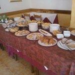 questo è il buffet della colazione, rigorosamente tutto fatto in casa!