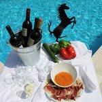 Aperitivo en la Terraza/piscina de Verano
