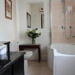 Executive Double Bathroom
