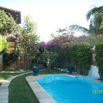 Área interna do jardim da Pousada Papaya