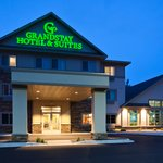 Chisago GrandStay Hotel & Suites