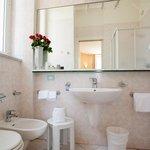room bathroom, bagni camere