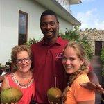 Bananen uit eigen tuin, verse kokosnoot, mmmmmm