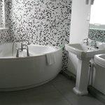 Tower suite Bathroom