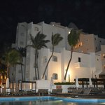 GR Caribe night view from pool