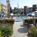 plenty of sunbes on the pool area