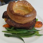Main 1: Beef, Yorkshire pudding etc.