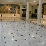 Second floor plaza