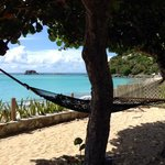 le hamac donnant sur la plage du gcbc
