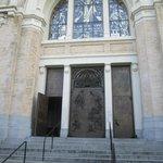 Saint James front entrance