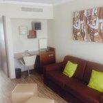 Room 606 lounge