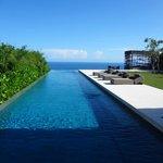3 BR Private Pool