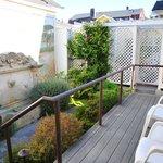Sea View Cottage - Private deck/garden