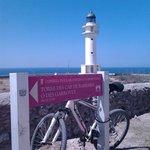 Raggiungere il faro, in bici... è una vera conquista :)