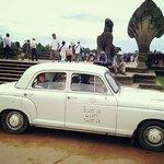 Karavansara's vintage mercedes benz