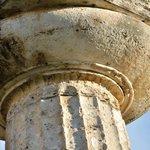 Grandiose même dans le détail. Chapiteau dorique ciselé du temple d'Héra à Paestum