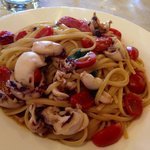 spaghetti seppioline e calamaretti