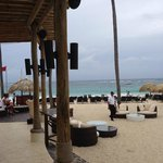Diamond Club Beach Area Bar