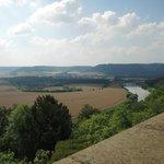 Blick vom Schloss auf das Weserbergland
