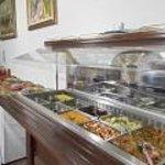buffet di verdure e antipasti