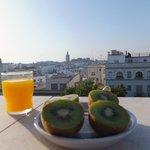 joilie vue sur la cathédrale au petit déjeuner