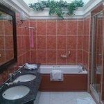 Room333 big bathroom!!