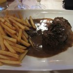 Beeffilet with pebbersauce + pommes