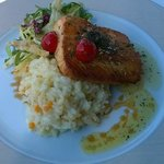Salmon with rice and honey and herbs